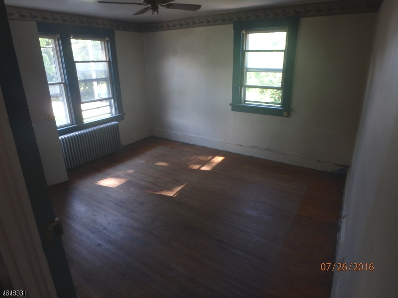 Additional photo for property listing at 22 Flanders Road  Netcong, New Jersey 07857 United States