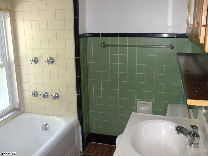 Additional photo for property listing at 24 Hamburg Avenue  Sussex, New Jersey 07461 États-Unis