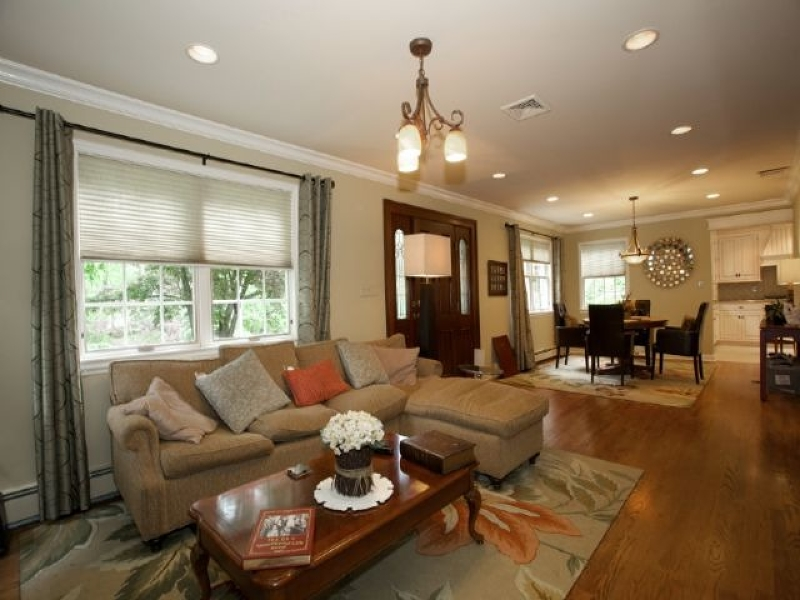 Additional photo for property listing at 416 Highland Avenue  Wyckoff, New Jersey 07481 États-Unis