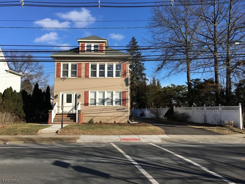 Частный односемейный дом для того Аренда на 911 LINCOLN Avenue Glen Rock, Нью-Джерси 07452 Соединенные Штаты