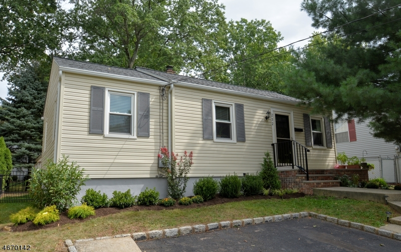 Maison unifamiliale pour l à louer à 232 Livingston Avenue New Providence, New Jersey 07974 États-Unis