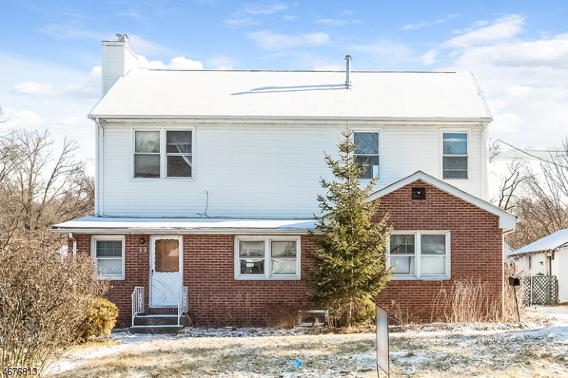 Частный односемейный дом для того Продажа на 32 Ute Avenue Lake Hiawatha, 07034 Соединенные Штаты