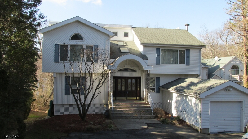 Single Family Home for Sale at 53 Lake Shore Drive Rockaway, 07866 United States