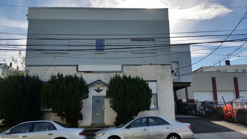 Commercial للـ Sale في 34 Cross Street Bloomfield, New Jersey 07003 United States
