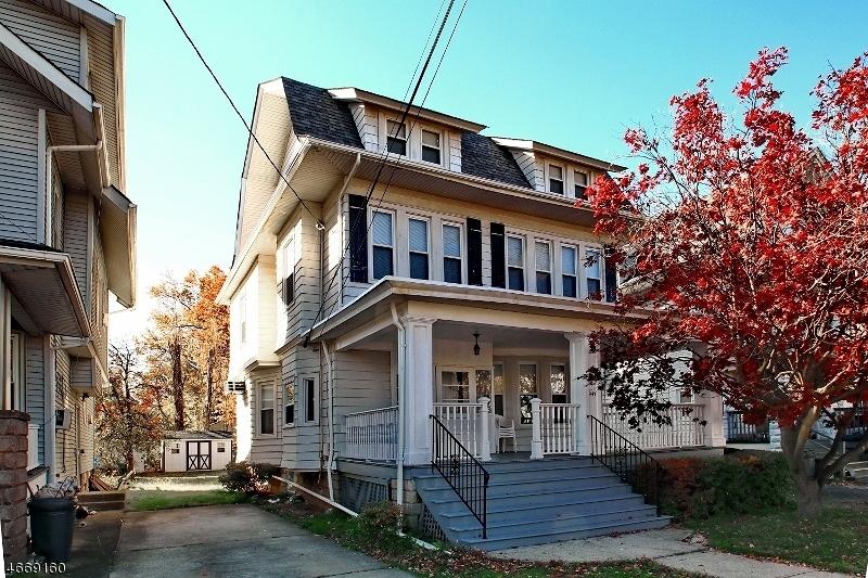Частный односемейный дом для того Продажа на Address Not Available Passaic, 07055 Соединенные Штаты