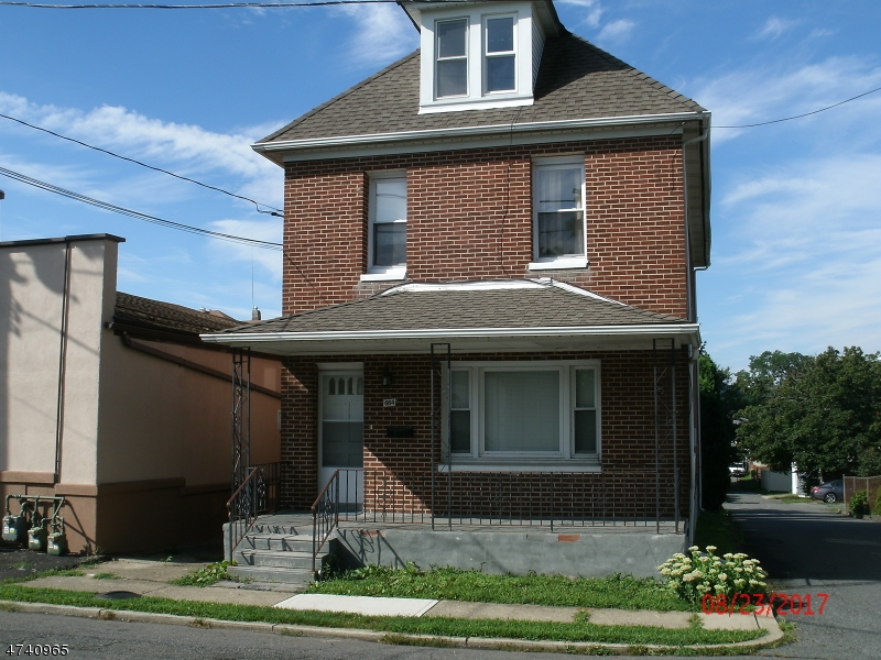 Single Family Home for Rent at 664 Columbus Avenue Phillipsburg, New Jersey 08865 United States