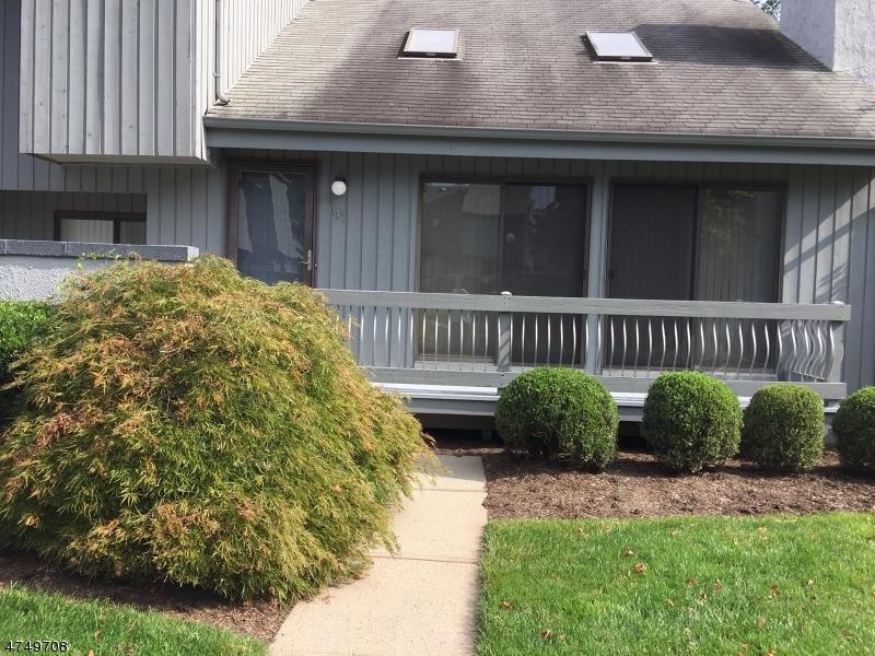 独户住宅 为 出租 在 141 Linda Lane 爱迪生, 新泽西州 08820 美国