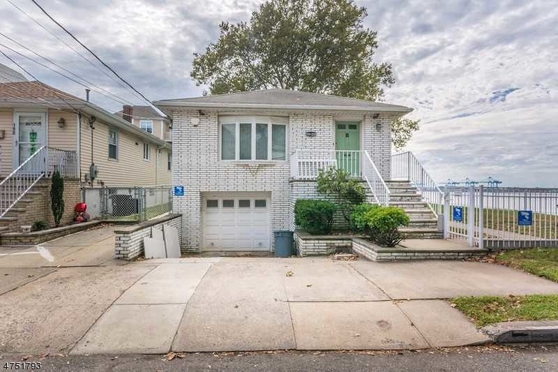 Single Family Home for Sale at 198-200 W 31ST Street 198-200 W 31ST Street Bayonne, New Jersey 07002 United States