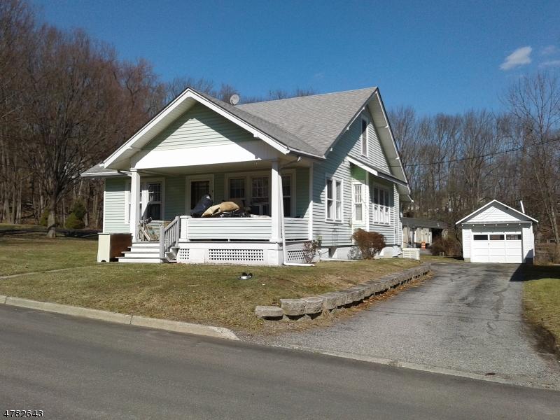 Eensgezinswoning voor Verkoop een t 4 New Street Branchville, New Jersey 07826 Verenigde Staten