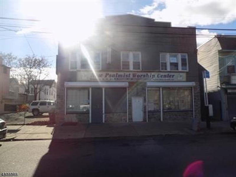 Commercial pour l à louer à 276 Lyons Avenue Newark, New Jersey 07112 États-Unis