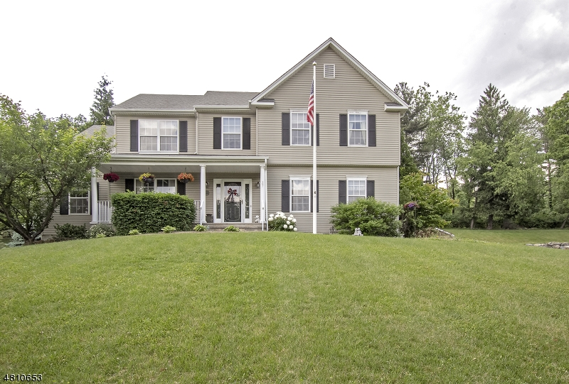 Single Family Home for Sale at 37 Winchester Avenue Mansfield, New Jersey 07840 United States