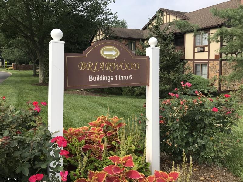Кондо / дом для того Аренда на 1 AVON Court Chatham, Нью-Джерси 07928 Соединенные Штаты