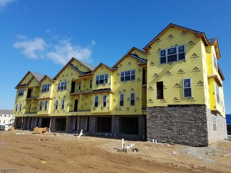 Condominio/ Casa de pueblo por un Venta en 9 Chaz Way Fairfield, Nueva Jersey 07004 Estados Unidos