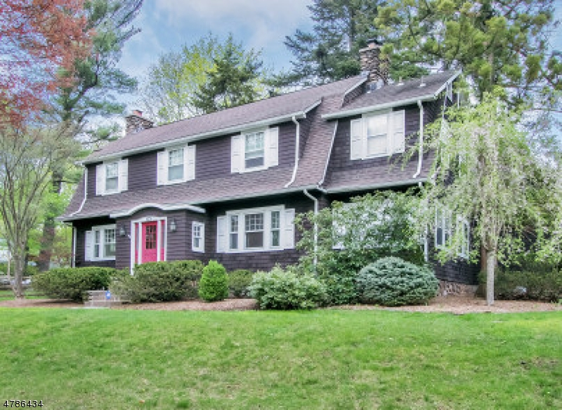 Single Family Home for Sale at 63 BEVERIDGE RD 63 BEVERIDGE RD Mahwah, New Jersey 07430 United States