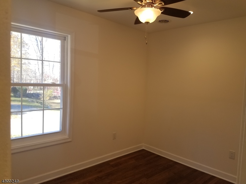 Additional photo for property listing at 11 Irving Place  Andover, New Jersey 07860 Stati Uniti