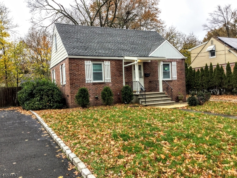 Single Family Home for Sale at 262 KNICKERBOCKER Dumont, New Jersey 07628 United States