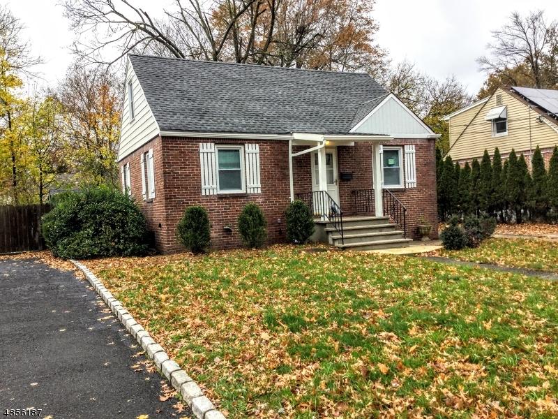 Частный односемейный дом для того Продажа на 262 KNICKERBOCKER Dumont, Нью-Джерси 07628 Соединенные Штаты