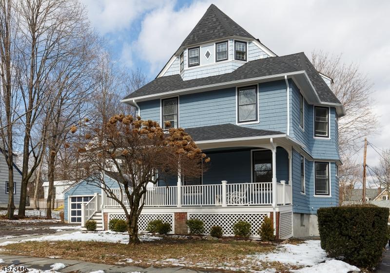 Enfamiljshus för Försäljning vid 83 WINSOR Place Glen Ridge, New Jersey 07028 Förenta staterna