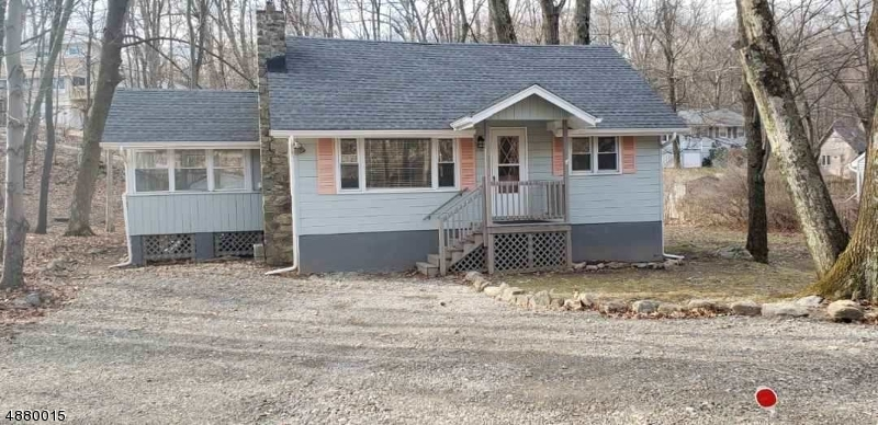 Single Family Home for Sale at 76 BREAKNECK RD 76 BREAKNECK RD Vernon, New Jersey 07422 United States