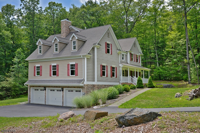 Single Family Home for Sale at West Milford, New Jersey 07480 United States
