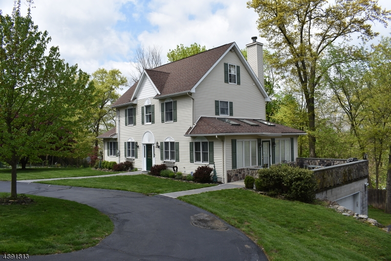 Single Family Home for Sale at Lincoln Park, New Jersey 07035 United States