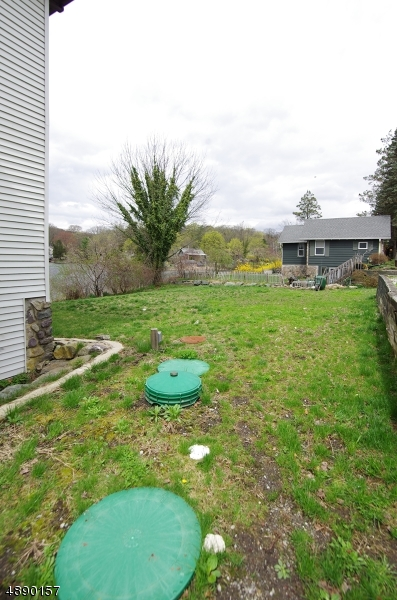 Additional photo for property listing at  West Milford, Nova Jersey 07480 Estados Unidos