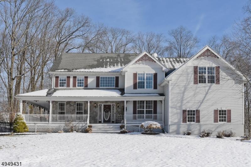 Single Family Homes för Försäljning vid Mount Olive, New Jersey 07828 Förenta staterna