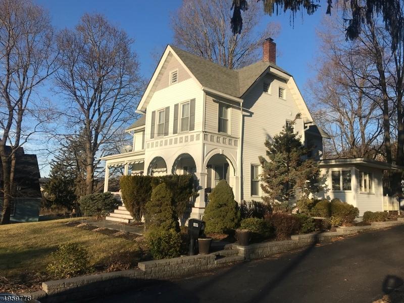 Single Family Homes для того Продажа на Hamburg, Нью-Джерси 07419 Соединенные Штаты