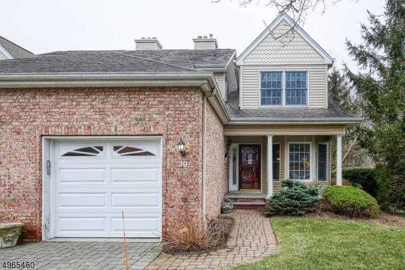 Condominio/ Casa de pueblo por un Venta en Allendale, Nueva Jersey 07401 Estados Unidos