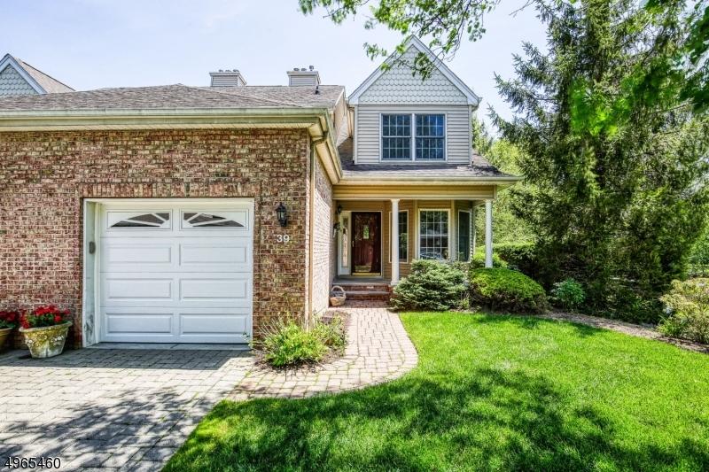 公寓 / 联排别墅 为 销售 在 阿伦达, 新泽西州 07401 美国