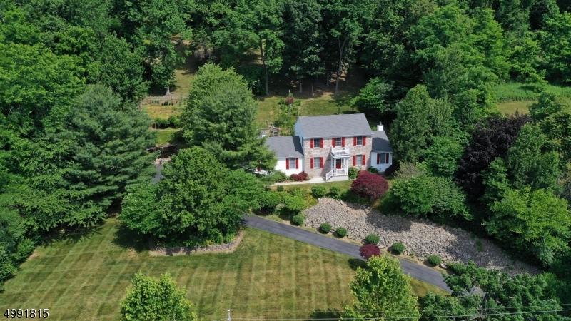 Single Family Homes için Satış at Mansfield, New Jersey 07840 Amerika Birleşik Devletleri