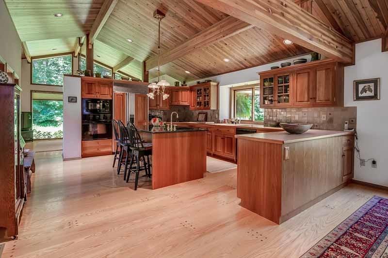 Частный односемейный дом для того Продажа на 65 Sarepta Road Belvidere, 07823 Соединенные Штаты