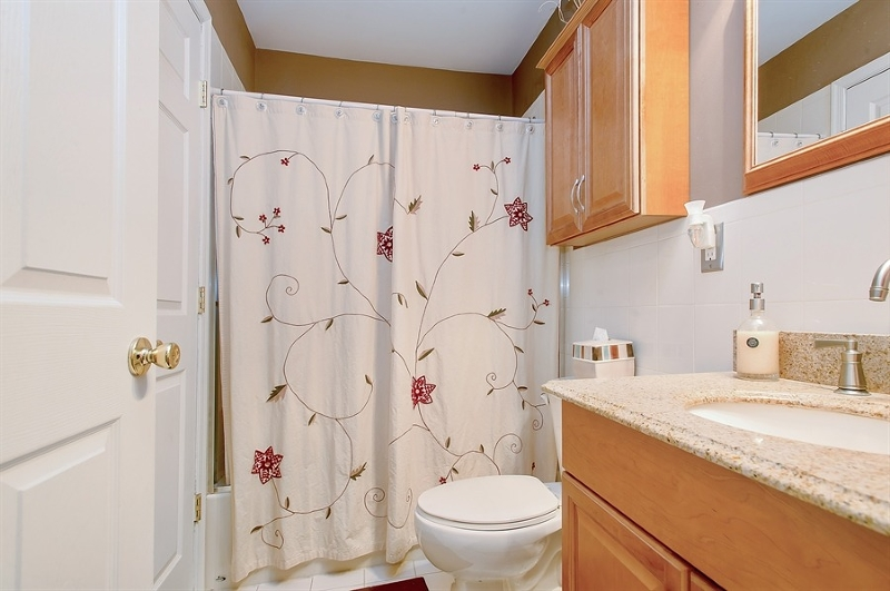 Additional photo for property listing at 81 Chariot Court  Piscataway, Нью-Джерси 08854 Соединенные Штаты