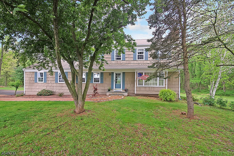 Single Family Home for Sale at 129 ROCKAFELLOWS MILL Road Flemington, New Jersey 08822 United States
