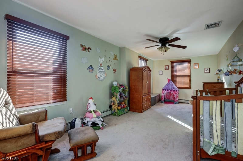 Additional photo for property listing at 41 Brant Avenue  Clark, New Jersey 07066 États-Unis