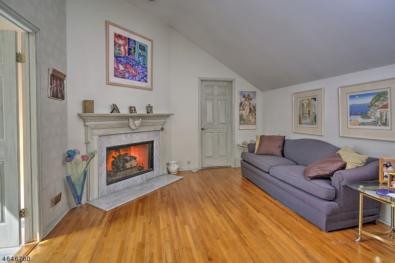 Additional photo for property listing at 3 Knollwood Ter  Chester, Nueva Jersey 07930 Estados Unidos