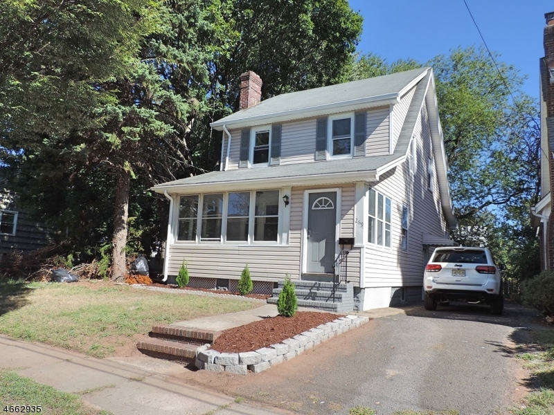 Single Family Home for Sale at 269 Morton Avenue Rahway, New Jersey 07065 United States