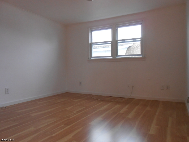 Additional photo for property listing at 12-11 BERDAN AVE 1X  Fair Lawn, New Jersey 07410 États-Unis