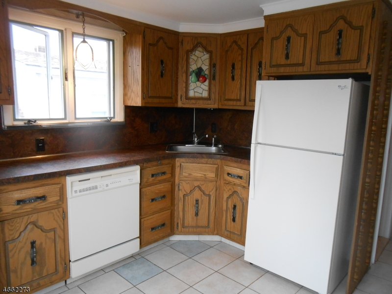 Additional photo for property listing at 12-11 BERDAN AVE 1X  Fair Lawn, Нью-Джерси 07410 Соединенные Штаты