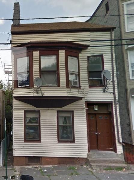 独户住宅 为 出租 在 215 Mill Street Paterson, 07501 美国