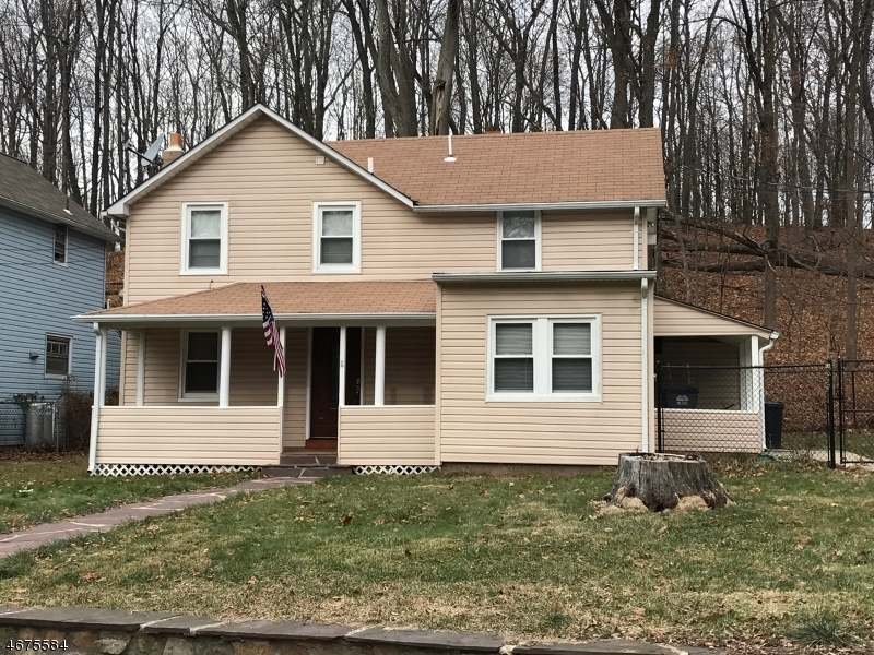 独户住宅 为 出租 在 11 CHESTNUT Avenue 阿灵顿山, 新泽西州 07856 美国