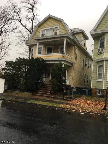 Maison avec plusieurs logements pour l Vente à 11 N Jefferson Street Orange, New Jersey 07050 États-Unis