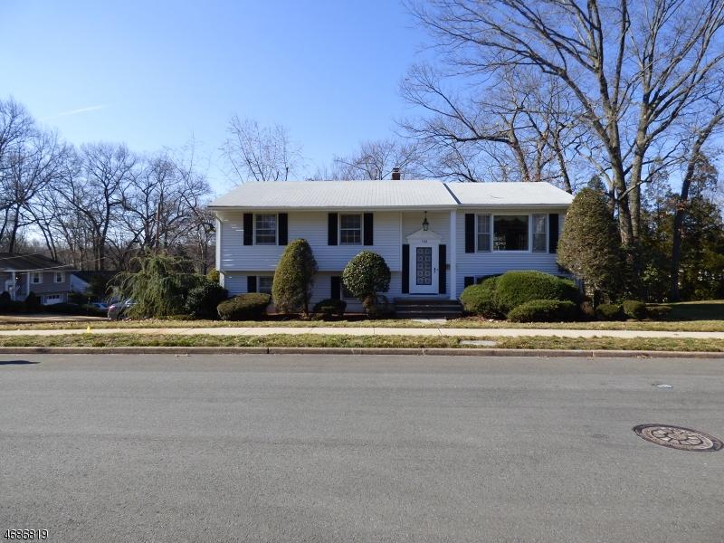 Casa Unifamiliar por un Venta en 528 Jackson Avenue Township Of Washington, Nueva Jersey 07676 Estados Unidos
