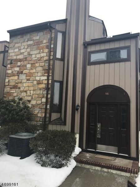 Maison unifamiliale pour l à louer à 66 Edinborough Court Washington, New Jersey 07840 États-Unis