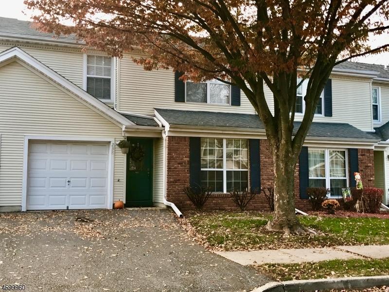 Maison unifamiliale pour l à louer à 238 Harlech Way Franklin, New Jersey 08873 États-Unis