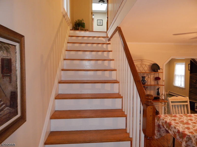 Additional photo for property listing at 387 Wertsville Road  East Amwell, New Jersey 08551 États-Unis