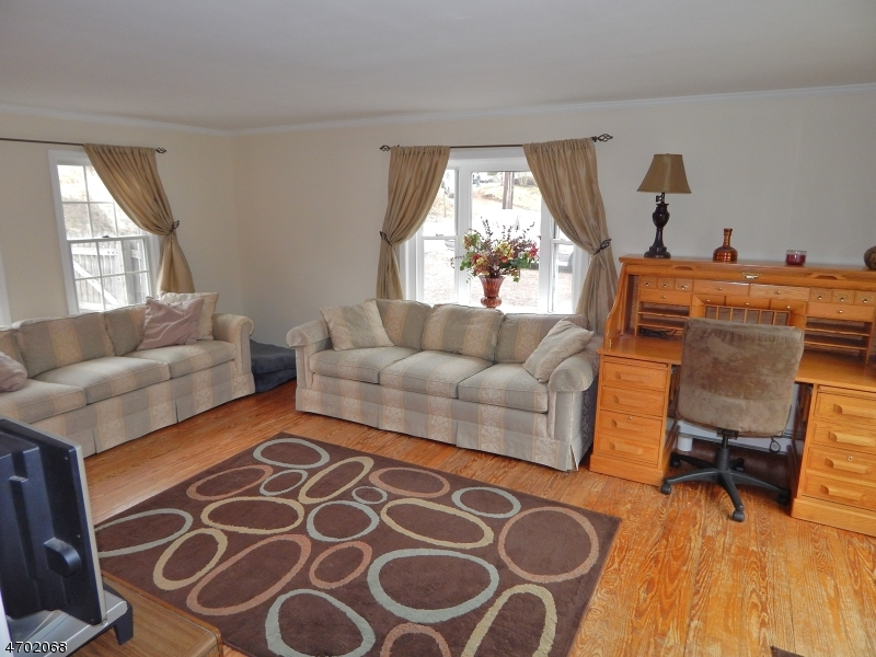 Additional photo for property listing at 387 Wertsville Road  East Amwell, New Jersey 08551 United States