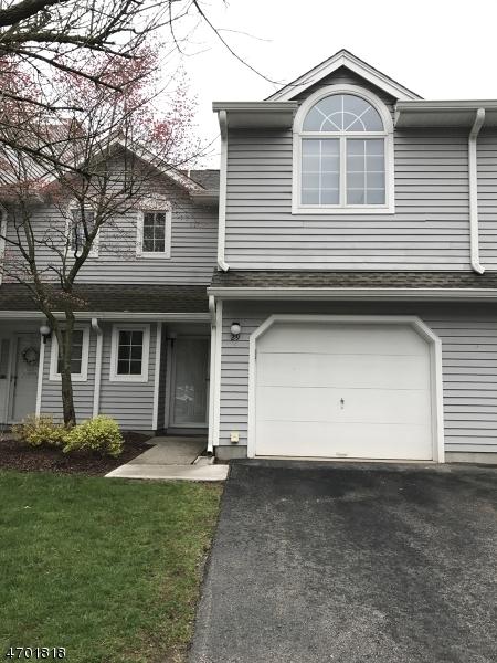 Частный односемейный дом для того Аренда на 29 Springbrook Rd W Montville, Нью-Джерси 07045 Соединенные Штаты