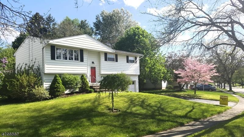 Casa Unifamiliar por un Alquiler en 7 York Road Newton, Nueva Jersey 07860 Estados Unidos