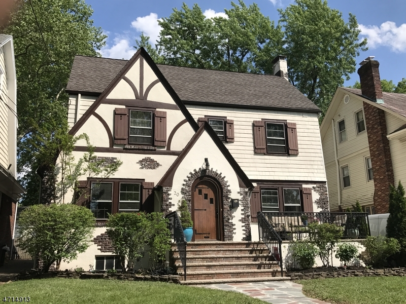 Single Family Home for Sale at 20 Rutgers Street Maplewood, New Jersey 07040 United States